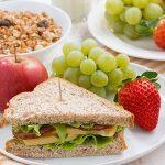 Descubre los alimentos que favorecen el sueño