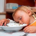 ¿no te ha pasado? después de comer te entra sueño ¿por qué?