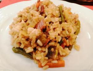 Arroz salteado con verduras y soja