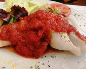 Bacalao con tomate (1)