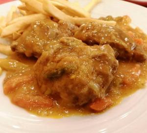 Carrilladas de cerdo al curry