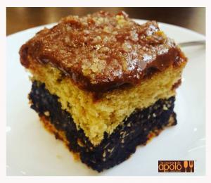 Tarta casera de chocolate y avellana